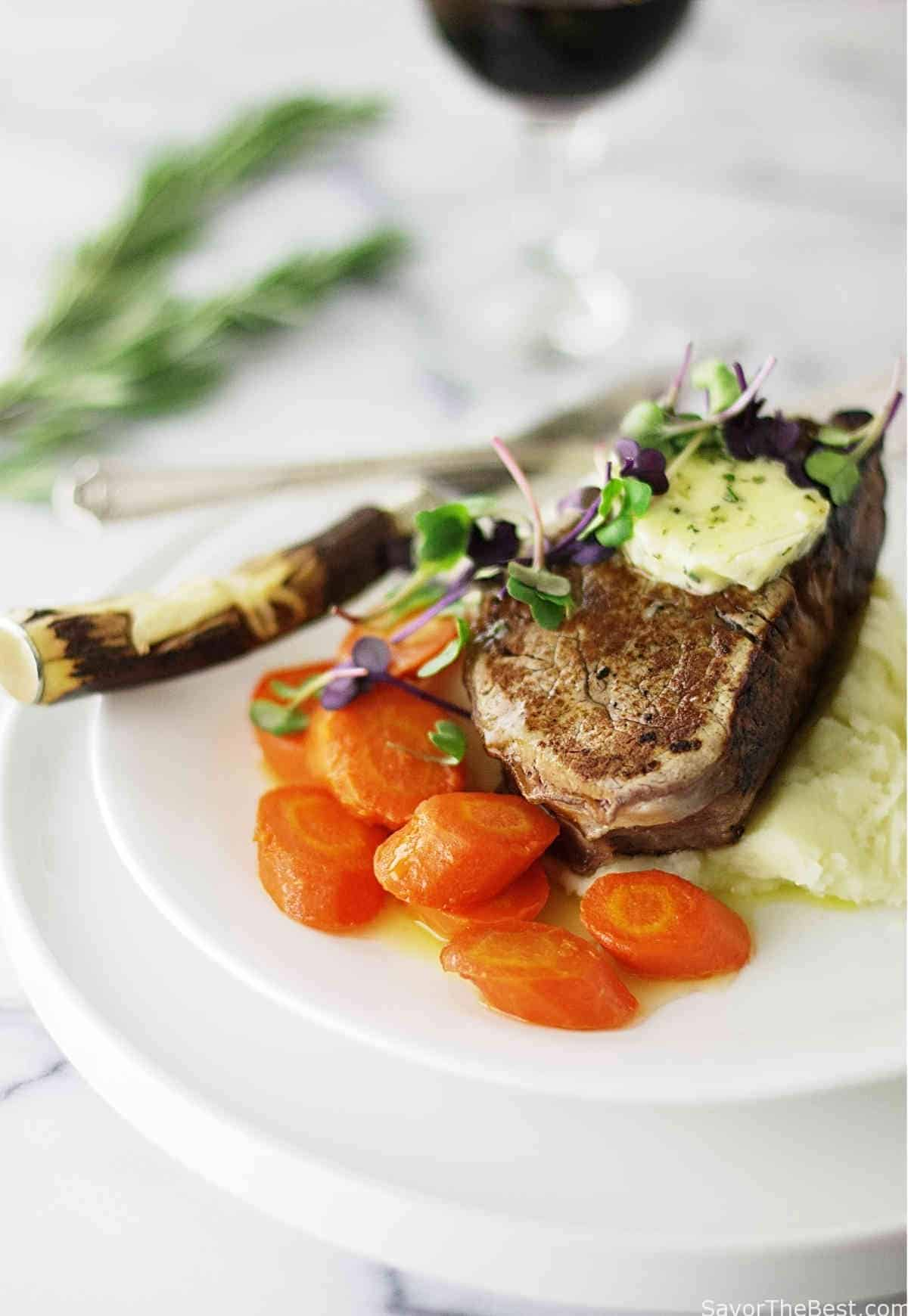 Beef Tenderloin Steaks with Garlic-Herb Compound Butter