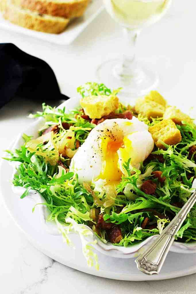 lyonnaisse-salad-with-duck-egg_1311