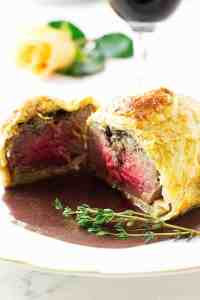 Mini Beef Wellingtons with Cabernet Sauce
