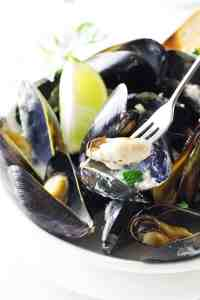 Lemongrass-Coconut Steamed Mussels