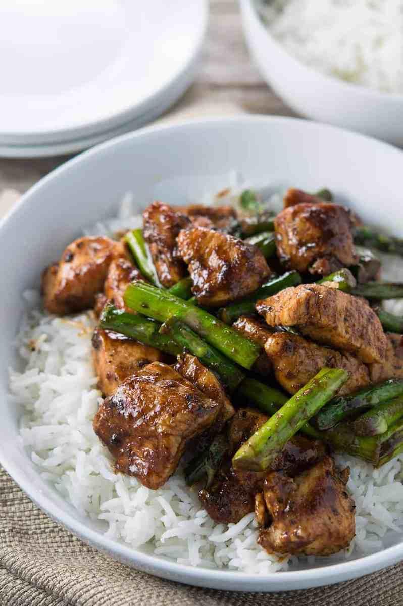 Black Pepper Chicken and Asparagus Stir Fry