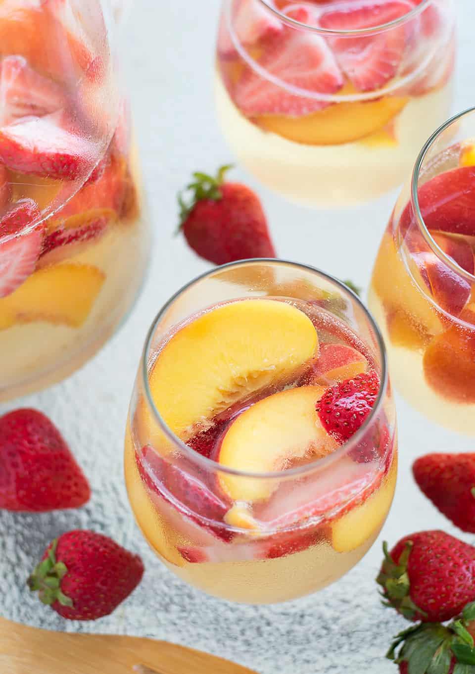 Sparkling Peach and Strawberry Sangria - Savory Spicerack