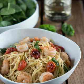 Shrimp and Roasted Tomato Pasta with Garlic Wine Sauce