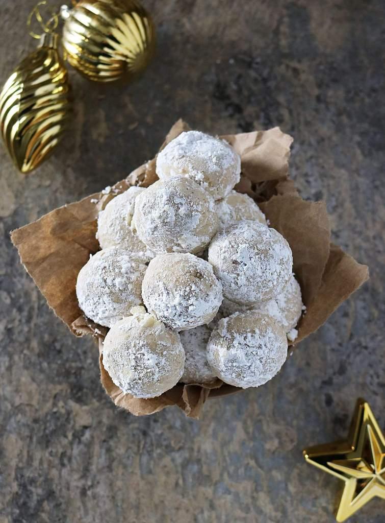 Cardamom Cinnamon Vegan Snowballs