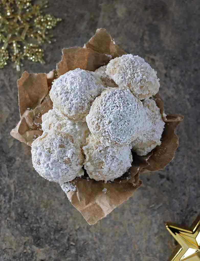 Spiced Vegan Snowball Cookies With Coconut oil