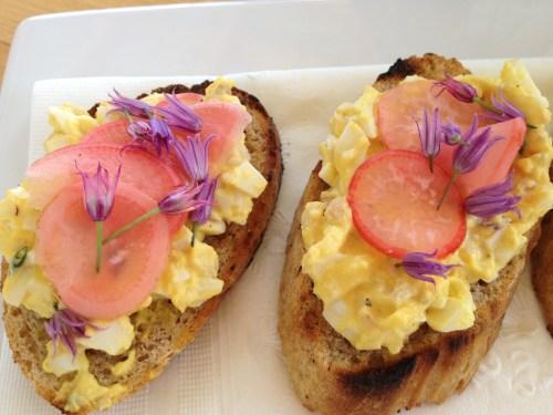 eggs on toast, Sunshine Farm, Kelowna BC
