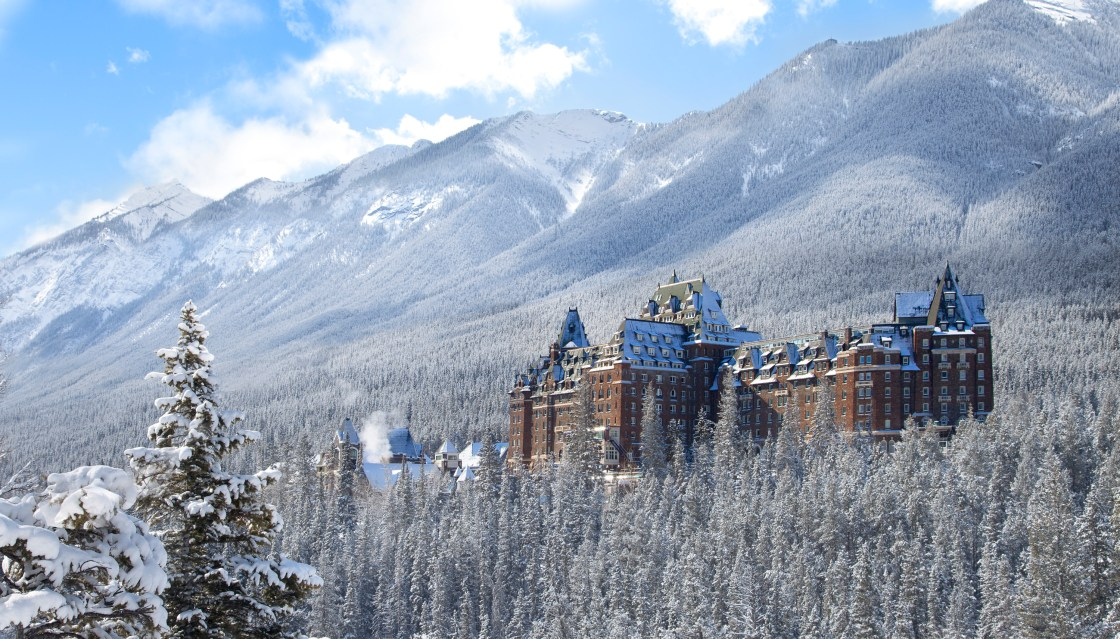 Fairmont Banff Springs Hotel - perspective shot
