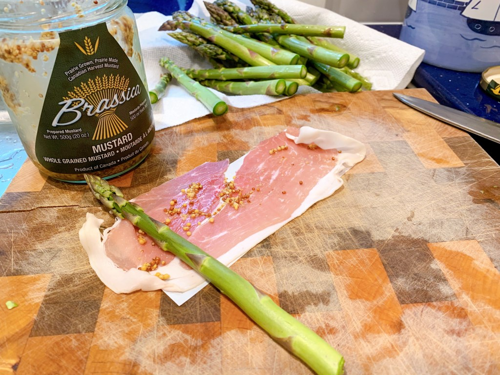 Prosciutto Wrapped Asparagus - how to roll the spears