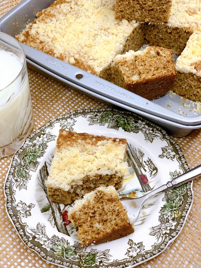 Good Old-Fashioned Crumb Cake - side view