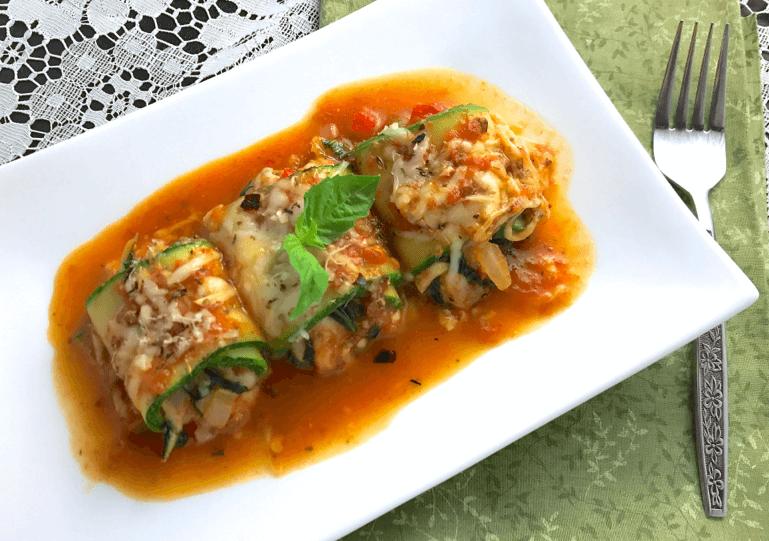 gluten-free-zucchini-lasagna-roll-up