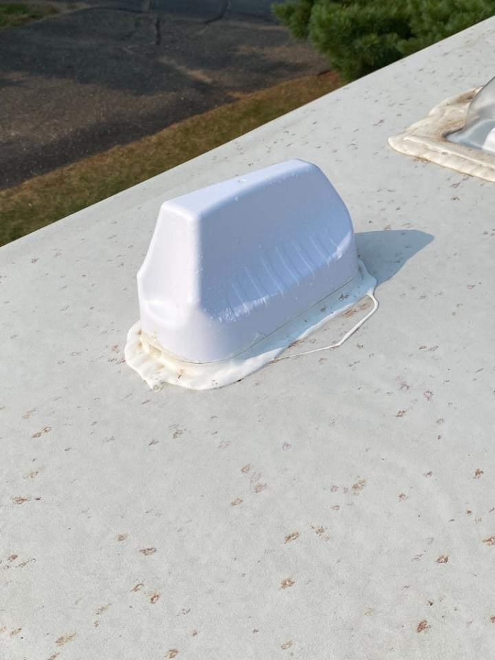 Image of Pepwave antenna on top of our camper.