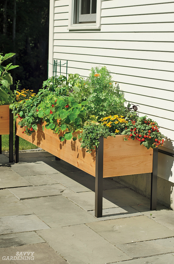 howto make a raised garden bed off the ground
