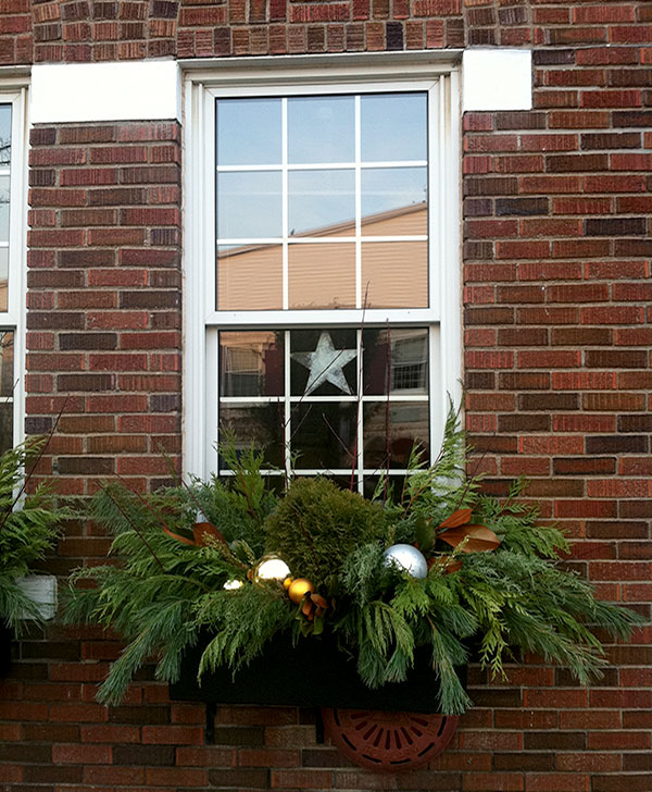 A holiday window box