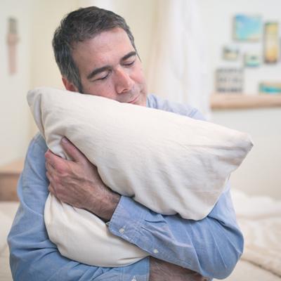 can a hugging pillow reduce stress