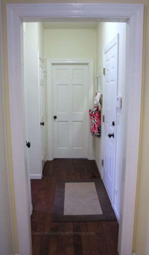 Luandry Room Hallway IL