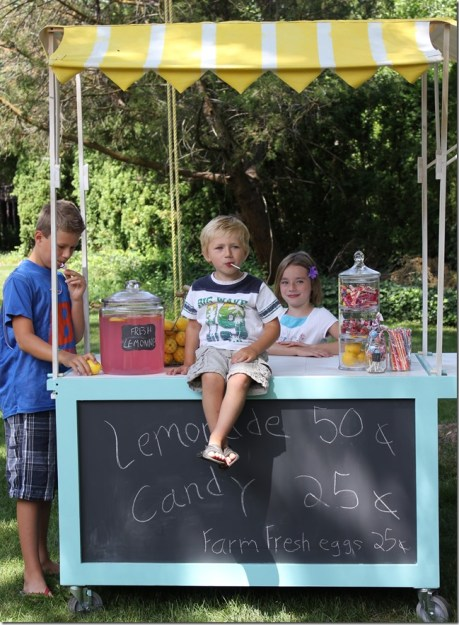 Iemonade cart with striped canopy