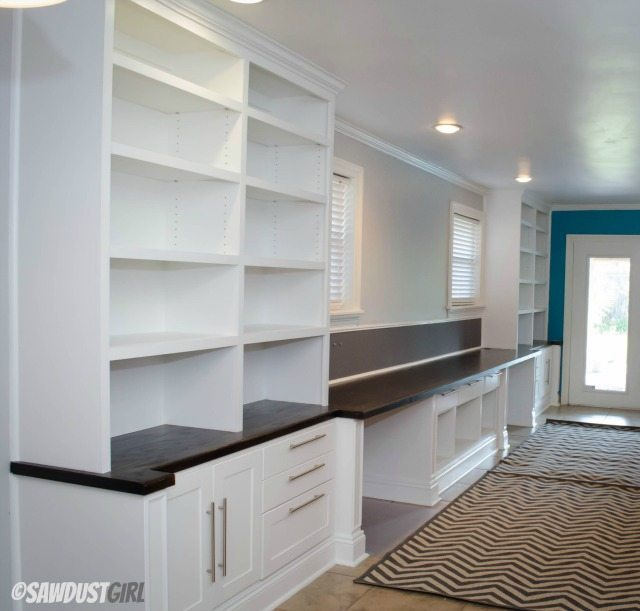 Built-in Office Cabinets- https://sawdustdiaries.com