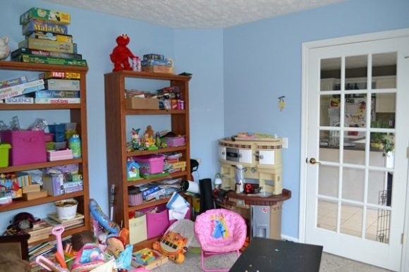 Robin Playroom6