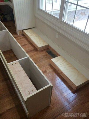 How to install cabinet base with a floor vent