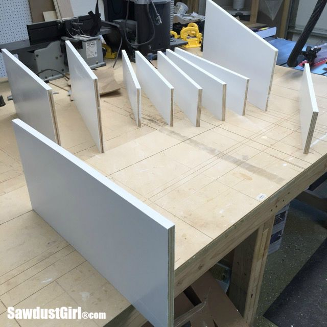 Finishing the front of plywood shelves
