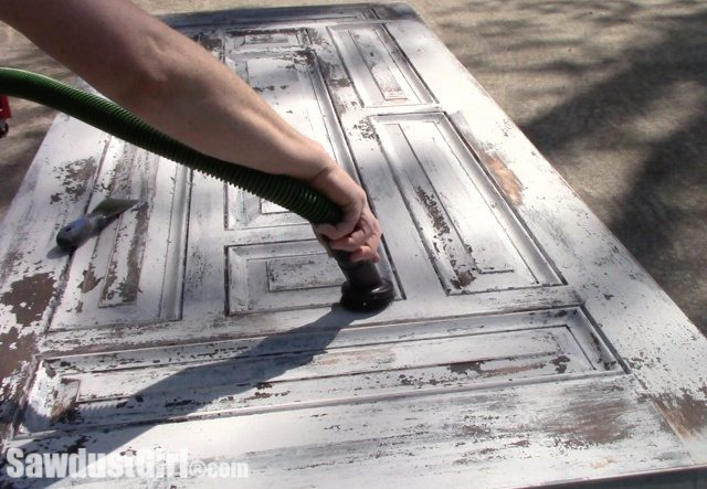 How to create a Chippy Paint finish.