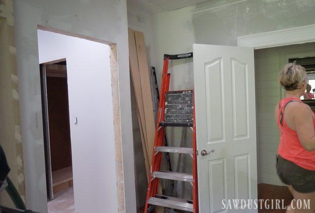 Installing bathroom door