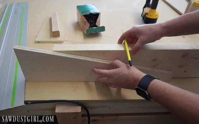 Cutting Cantilevered Shelf Brackets