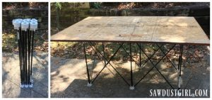 The Centipede sawhorse table is light, mobile, easy to set up and collapse.