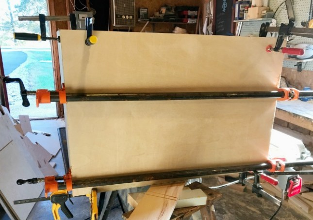 How to build cabinets with mitered corners