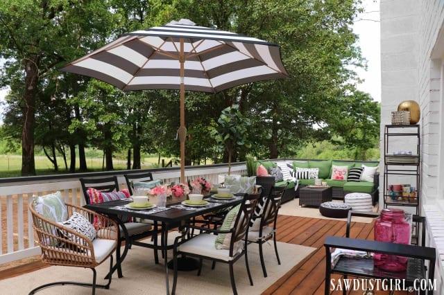 Furnished wood deck
