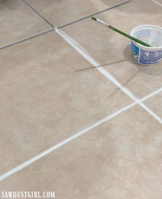 Changing grout color with Grout Paint