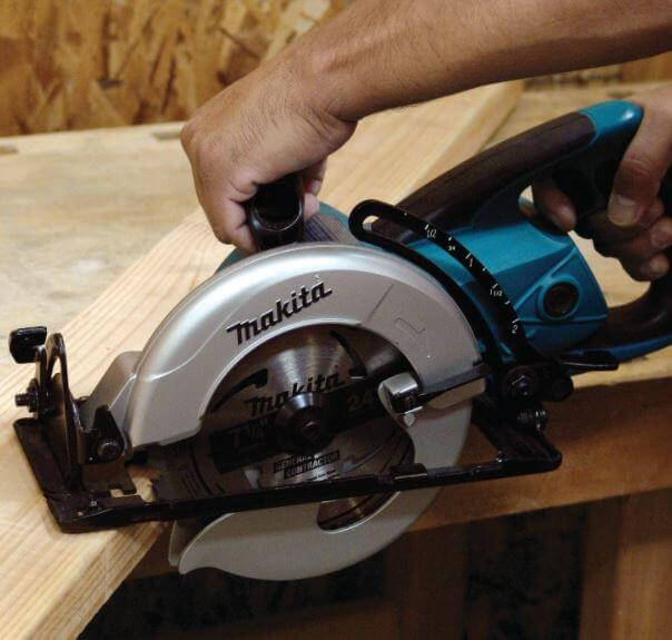 Makita 5477NB the best circular saw
