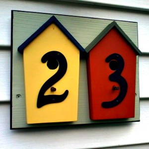 DIY Birdhouse Address Plaque