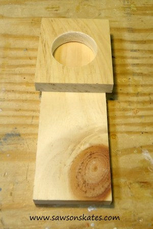 Birdhouse Poop Bag Dispenser step 4c