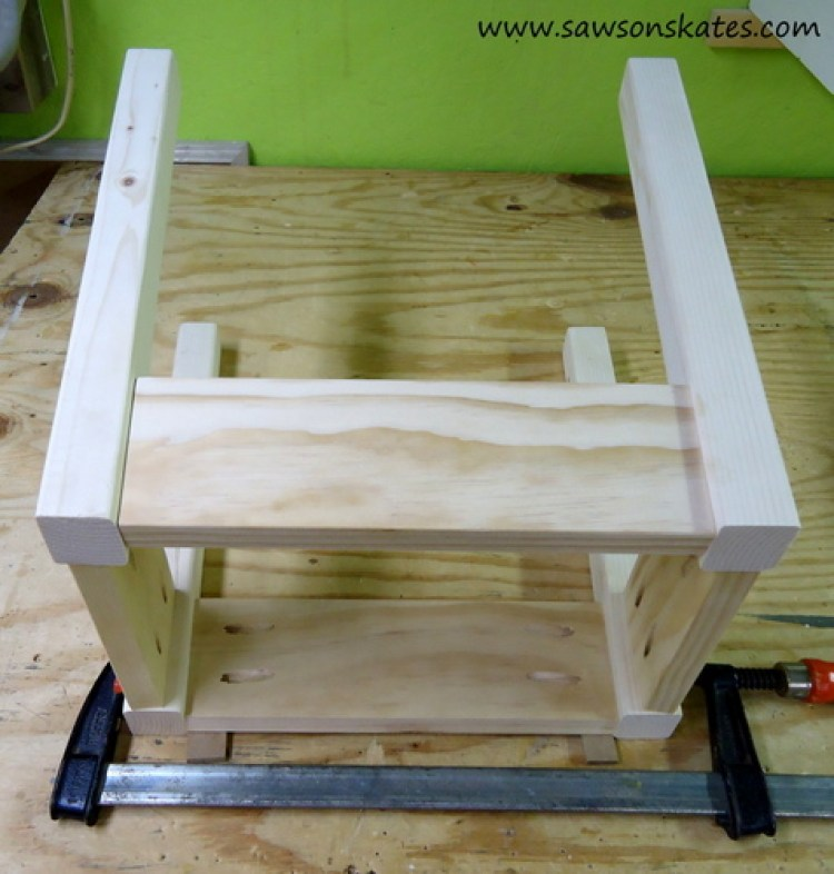 Stool Attach Long Side 2