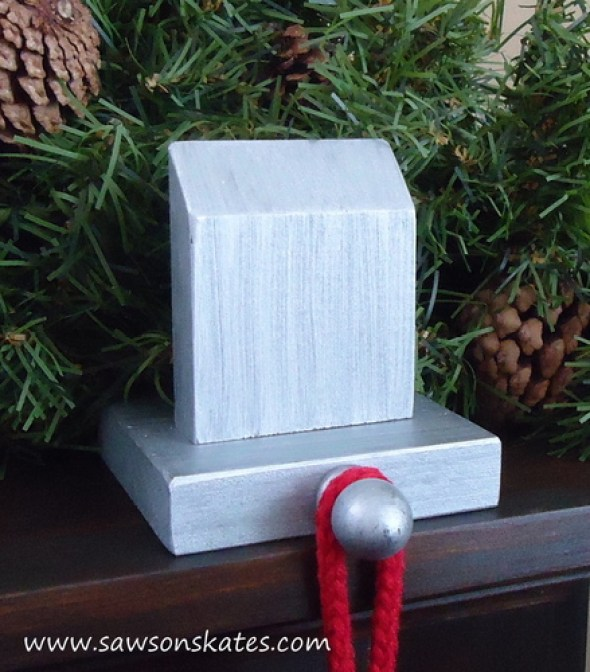 stocking holder manor mantle