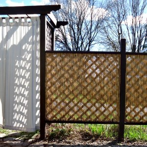 DIY Privacy Fence with a Bamboo Look