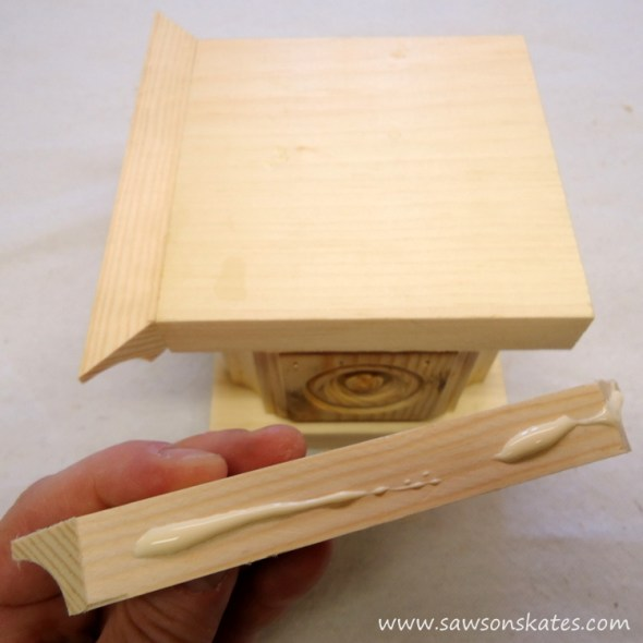 Easy wooden DIY candle holder - attach base cove moulding