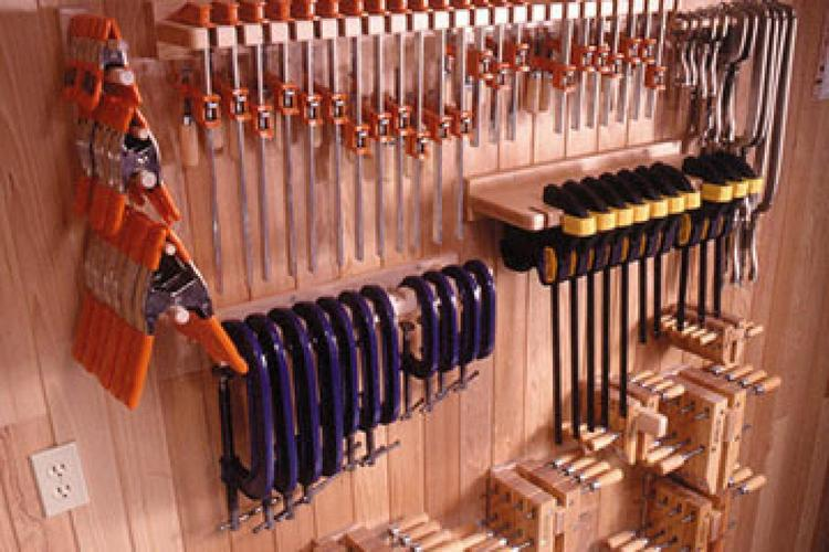 Maximizes storage space in your small workshop with this collection of Clamp Storage plans for 5 Popular Clamps