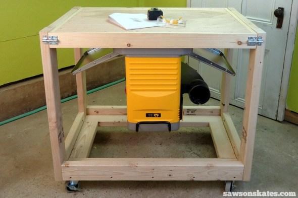 Rookies Guide to Building DIY Furniture - DIY Fliptop Workbench Cart