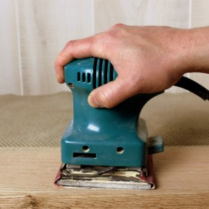 3 Reasons Why You Should NEVER Use a Palm Sander
