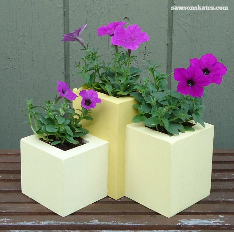 these wooden diy outdoor planters are practically free theyre all made - Wood Planters
