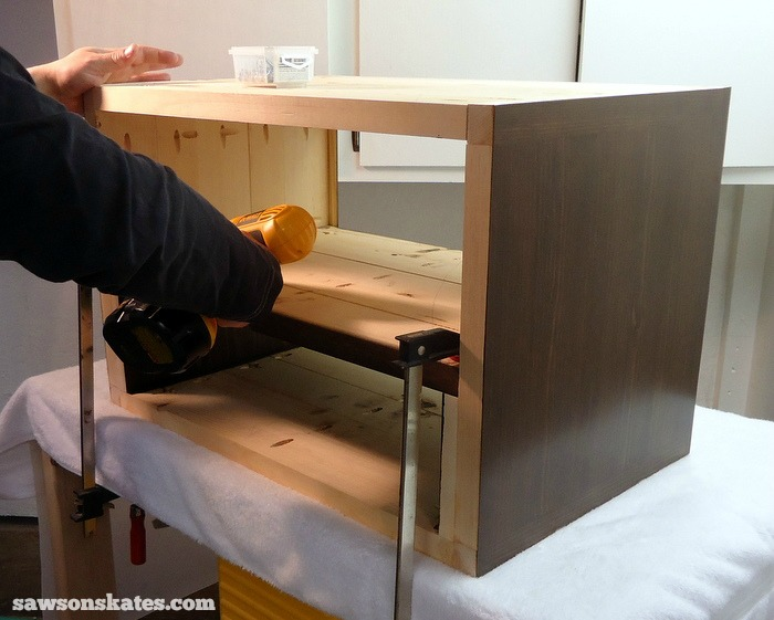 Install the Retro Nightstand Middle Shelf