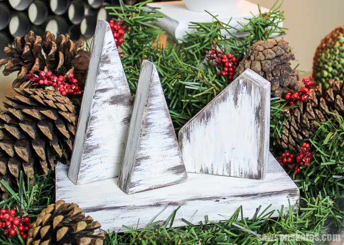 30 minute rustic DIY Christmas Village - makes a great last-minute gift for family, friends, co-workers, neighbors and more. Save even more time by making a big batch of them all at once.