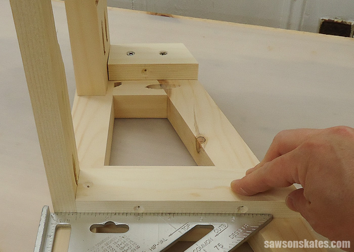 DIY Ladder Chair - apply glue to the cleats and attach using wood screws