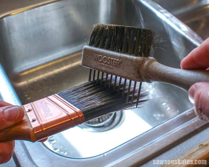Using a painter's comb is the best way to clean paint brushes and to straighten any stray bristles