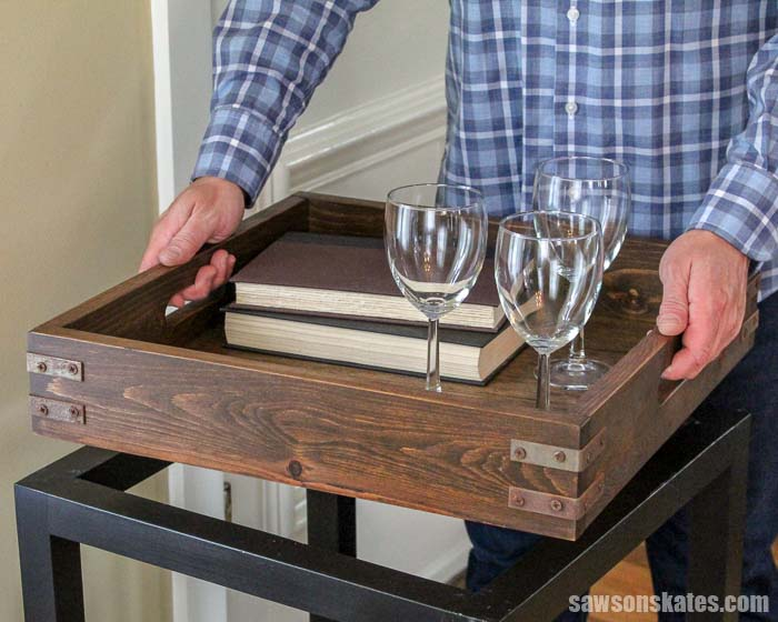 This DIY wood bar cart has a removable tray