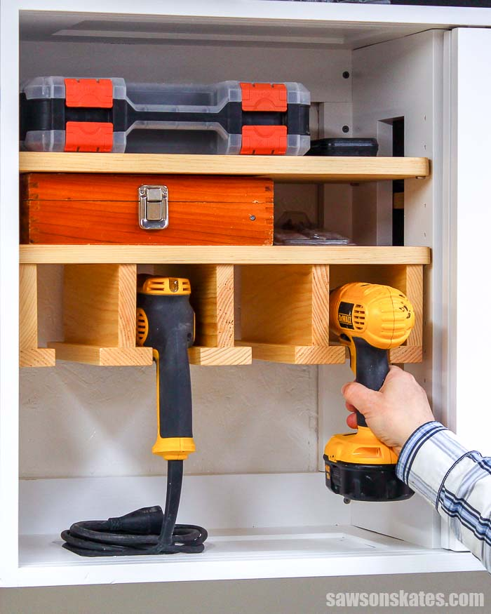 Beginners can store drills in DIY cordless drill rack