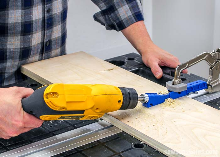 The Kreg Jig 320 can be used to drill pocket holes on plywood