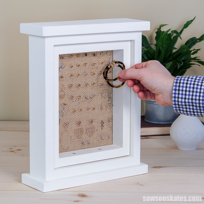 Hanging a hoop on a picture frame style DIY earring holder